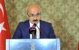 Turkish minister hails ties with Qatar, seeks more investments