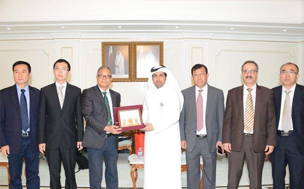 Al Sharqi  receives  a Chinese team