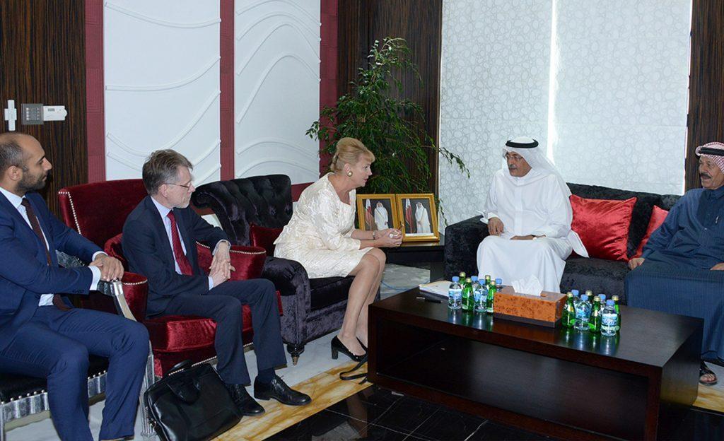 غرفة قطر تستقبل وفد تجاري سويدي