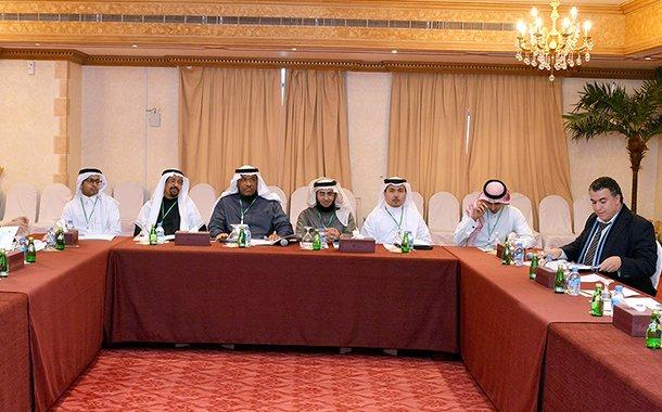 بحث التعاون بين اللجنة وغرفة قطر