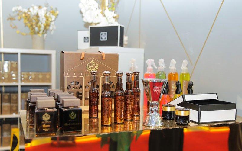 Perfumes-Cosmetics-Fair-012