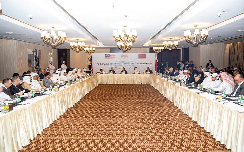 PM-Malaysia-Qatari-Businessmen-002